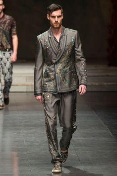 Sfilata Dolce & Gabbana Milano Moda Uomo Primavera Estate 2016 - Vogue