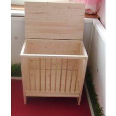 XXL wooden hay holder sold by www.plueschnasen.de