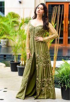 Tamannaah Bhatia looking gorgeous 💚😍😘💕💘💣🔥💋 Bollywood Cinema, Bollywood Photos, Bollywood Actors, Bollywood Celebrities, Hindi Actress, Malayalam Actress, Tamil Actress Photos, Ritika Singh, Heroine Photos