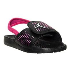 Girls Under Armour Strike Slide Sandals Youth Size 5 Toddler Nike Shoes, Toddler Nikes, Little Girl Shoes, Little Girls, Luxury Baby Clothes, S Girls, Baby Girls, Baby Size, Big Kids