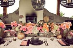 5 Wedding Table Setting Ideas to Get Your Guests Talking