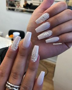 There are three kinds of fake nails which all come from the family of plastics. Acrylic nails are a liquid and powder mix. They are mixed in front of you and then they are brushed onto your nails and shaped. These nails are air dried. Trendy Nails, Cute Nails, My Nails, Classy Nails, Nagel Blog, Best Acrylic Nails, Wedding Acrylic Nails, Coffin Acrylic Nails, Acrylic Art