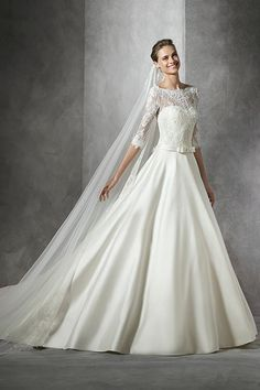 Toricela by Pronovias wedding dress