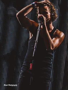 Okay... No, I'm not fucking okay!! Ashton, can ya not be so damn hot?