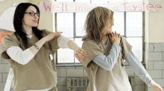 Because-time-Alex-Piper-synchronize-dancing.gif (500×280)