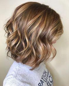 Medium Layered Haircuts, Medium Hair Cuts, Medium Hair Styles, Short Hair Styles, Layered Lob, Brown Hair Short Bob, Brown Blonde Hair, Light Brown Hair, Blonde Honey