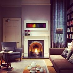 Sunday evenings: perfect for tea by the fireplace