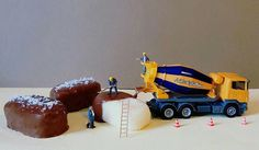 This Italian Chef Turns Desserts & Tiny Figures Into Miniature Worlds 19