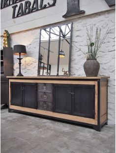 Industrial oak sideboard circa 1930 – – – Home Office Design On A Budget Wood Furniture Living Room, Living Room Flooring, Home Furniture, Furniture Vintage, Office Furniture, Vintage Industrial Decor, Industrial Furniture, Vintage Home Decor, Vintage Office