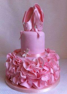 Balerin adaylarına özel pasta tasarımı