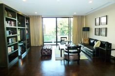 A tenants guide to renting an apartment in Bangkok. We take a look at the differences between condos and apartments and what to expect from utilities