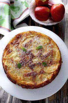 Французский Яблочный Торт / The Apple Lady's Apple Cake / Gateau aux Pommes de la Reine des Pommes Pastry Shop, Apple Cake, No Cook Meals, Nom Nom, Deserts, Food And Drink, Cooking Recipes, Tasty, Kitchens