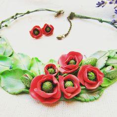 Handmade Accessories, Handmade Jewelry, Polymer Clay, Handmade Jewellery, Jewellery Making, Diy Jewelry, Modeling Dough, Craft Jewelry, Handcrafted Jewelry