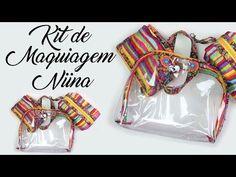 7e1d21c8a Como Fazer uma Maletinha com Plástico Cristal - Especial Kit Niina -  YouTube Necessaire Transparente,