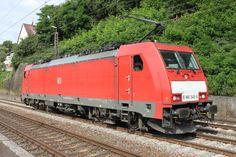 DB E186 340-6 wartet am 29.06.2015 in Jägersfreude auf Einfahrt in den Rbf Saarbrücken