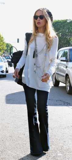Spring Fashion 2014. Rachel Zoe a little 70's flare. Drk denim bell bottoms & oversized soft knit with layered Chanel necklace. ::M::