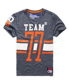 Superdry Kicker T-shirt Mens Polo T Shirts, Mens Tees, Tee Shirts, Design T Shirt, Shirt Designs, Superdry Style, Independent Clothing, Screen Printing Shirts, Men's Wardrobe