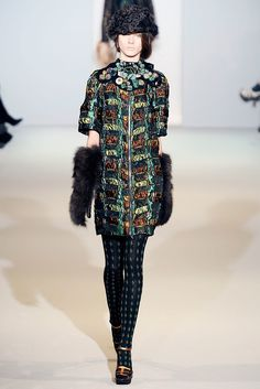 Marni Fall 2009 Ready-to-Wear Collection Photos - Vogue