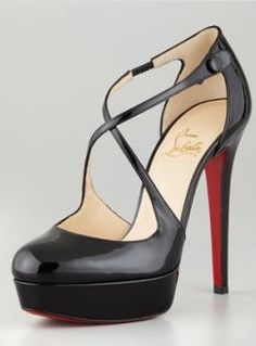 black high heels - ahhh I want these loubs.