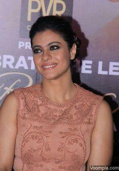 Indian Bollywood Actress, South Indian Actress, Bollywood Actors, Bollywood News, Bollywood Celebrities, Bollywood Fashion, Indian Actresses, Actors & Actresses, Actress Anushka