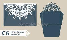 Descargar - Envolvente de felicitación de plantilla con el patrón calado tallado — Ilustración de stock #105814516