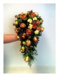 Bridal bouquet in soft colors.