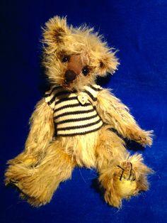 New Bears for your hug? Hug, Bears, Teddy Bear, Animals, Animales, Animaux, Teddy Bears, Animal, Animais