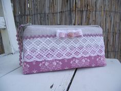 purple&lace beauty case