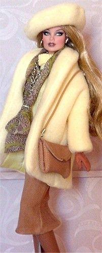 FR Vanessa in Donna's Doll Designs' winter fashion