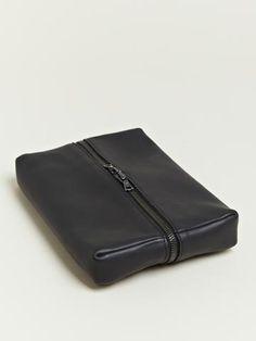 Isaac Reina Men's Medium Travelling Bag