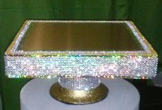 Hey, I found this really awesome Etsy listing at https://www.etsy.com/listing/185683274/dazzling-gold-square-cake-stand-on