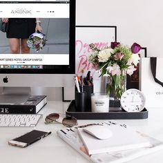 Clean desk and fresh flowers. Anybody work so much when their desk space is organised?! by designbyaikonik