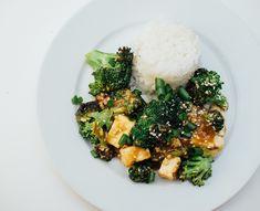 Brokkoli og tofu i ingefærsaus - Vegetarbloggen
