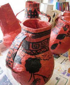 Papier Mache Greek Vases Egyptian Crafts, Egyptian Art, Summer Art Projects, Projects For Kids, Art Lessons For Kids, Art For Kids, 6th Grade Art, Paper Mache Sculpture, Sculpture Art