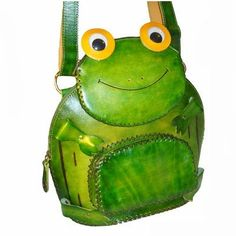 Genuine Leather Turtle Pattern Backpack, a Lovely and Unique Design, Green Frog House, Frog Pictures, Novelty Bags, Animal Bag, Turtle Pattern, Quirky Decor, Cute Frogs, Frog And Toad, Artisanal
