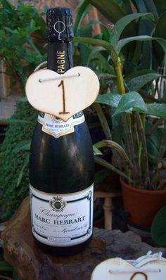 Wood Table Number Hearts (1-20) (20 hearts) #DuVino #wine www.vinoduvino.com