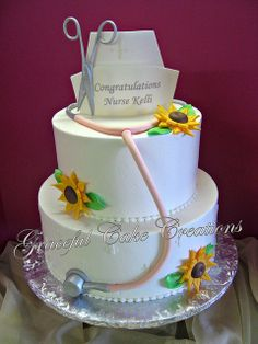 cuuuute Nursing School Graduation Cake