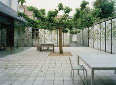 Finn Wilkie — OFFICE KGDVS, Summerhouse, Ghent, 2007 ...