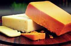 9 Mouthwatering Homemade Cheese Recipes To Try This Weekend Goat Milk Recipes, No Dairy Recipes, Easy Soup Recipes, Cooking Recipes, Farmers Cheese, Meat And Cheese, Wine Cheese, Cheese Cave, Making Cheese At Home