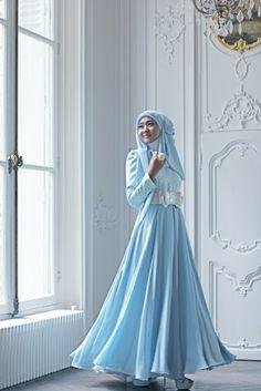 Dian Pelangi . Beautiful blue wedding hijab #Hijab #MuslimJewel #blue