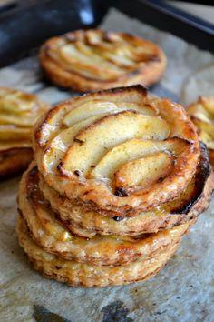 ♔ Pommes et vanille tartes fines.