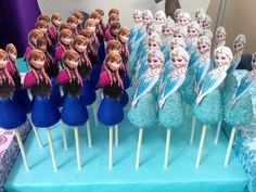 Frozen cake pops!
