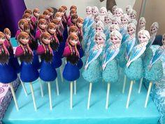 Frozen cake pops!