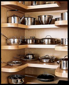 Kitchen organization ideas for pots and pans creative ideas to organize pots and pans storage on . kitchen organization ideas for pots and pans Kitchen Tops, Kitchen Pantry, New Kitchen, Kitchen Dining, Kitchen Ideas, Country Kitchen, Kitchen Inspiration, Vintage Kitchen, Pantry Design