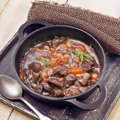 Découvrez la recette Bourguignon facile à la viande de boeuf sur cuisineactuelle.fr.