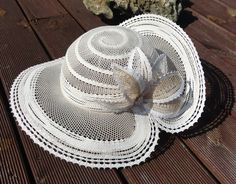 Filet Crochet, Irish Crochet, Crochet Lace, Bobbin Lace Patterns, Bridal Hat, Lacemaking, Lace Heart, Point Lace, Lace Jewelry