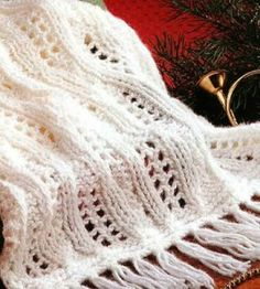 Knit Shawl:  This pretty shawl makes a great gift for someone special. countrywomanmagazine.com