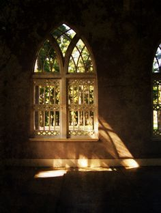 10 Rooms: Color Post: How the Natural Light in your Space Affects Color Choices Chateau Medieval, Gothic Architecture, Ancient Architecture, Light In, Through The Window, Chapelle, Windows And Doors, Church Windows, Light And Shadow