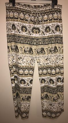 Calypso St. Barth $60 N * W * T Size S ** Free Shipping ** Nolevi Olifant Relaxed Pants. Free shipping and guaranteed authenticity on Calypso St. Barth $60 N * W * T Size S ** Free Shipping ** Nolevi Olifant Relaxed PantsImaginative garden scene with exotic birds and ele...
