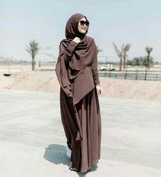 Moslem Fashion, Niqab Fashion, Fashion Dresses, Casual Hijab Outfit, Hijab Chic, Muslimah Clothing, Muslim Women Fashion, Hijab Fashion Inspiration, Beautiful Hijab
